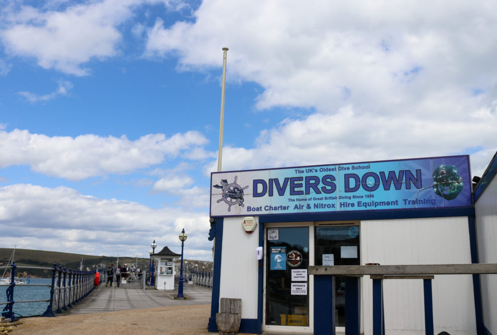 Divers Down diving shop on Swanage Pier