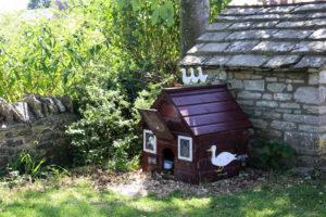 Duck house in Worth Matravers village