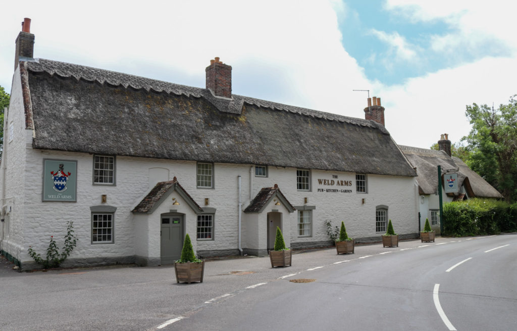 The Weld Arms in Lulworth exterior