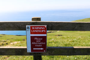 Alternative route for Dancing Ledge sign due to landslips