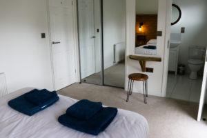 Swanage Coastal Park en-suite bedroom in holiday home