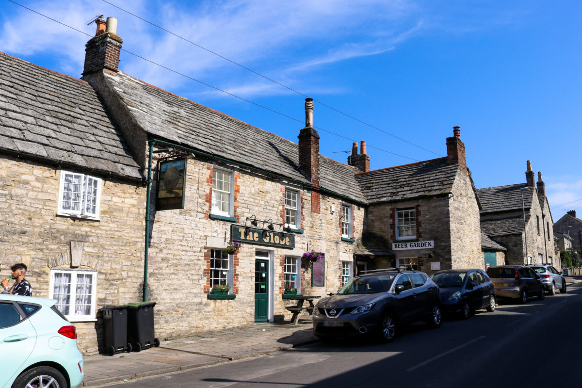 Front view of The Globe pub on Bell Street in Swanage