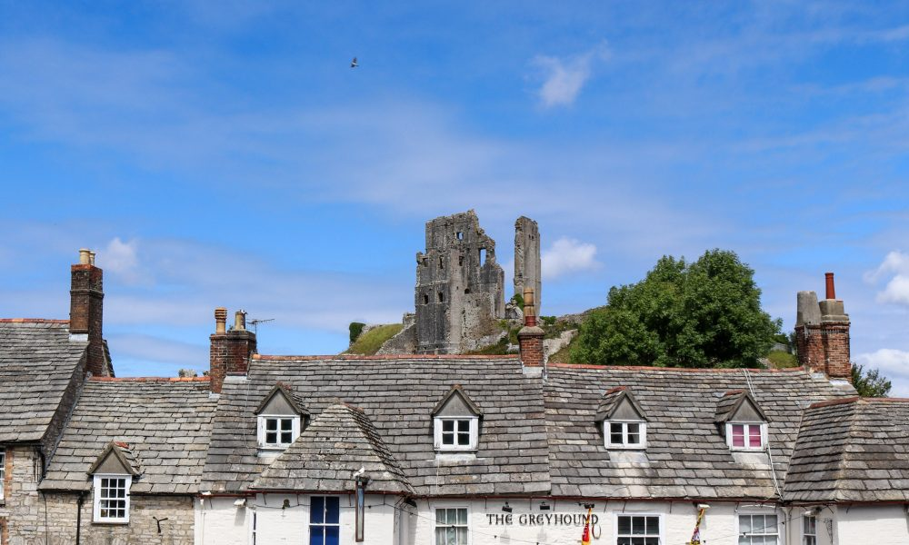 The Greyhound Inn and Corfe Castle